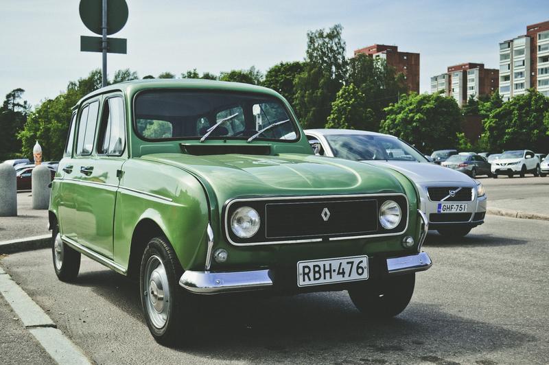 Review Sewa Mobil Kertanesi.com